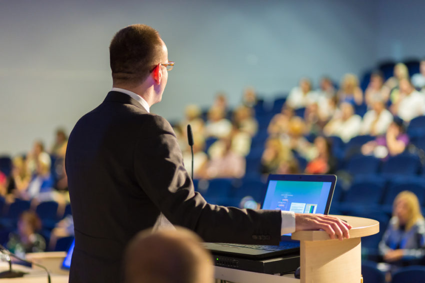 چطور یک سخنرانی فیالبداهه عالی داشته باشیم؟